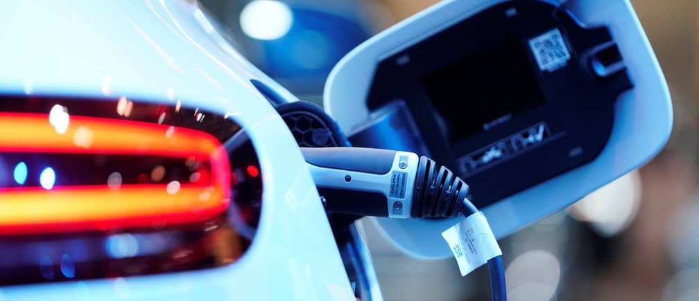 AGL launches new electricity plan for EV owners